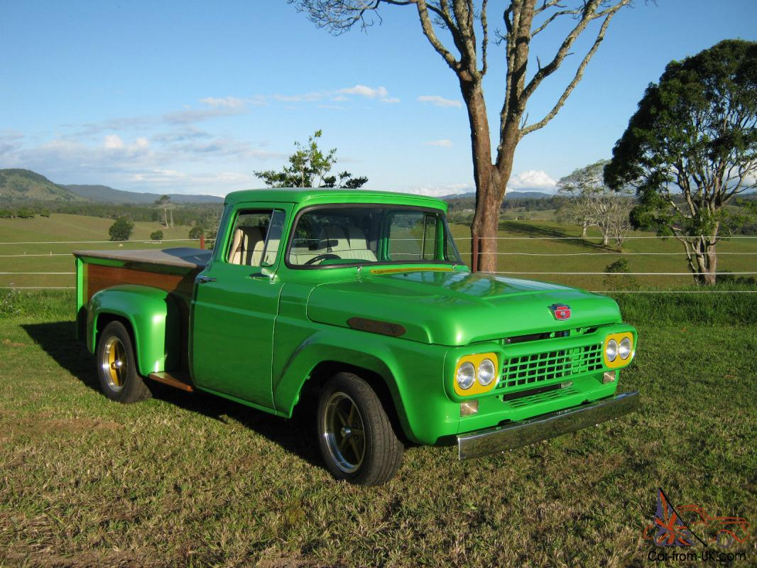 Ford F100 UTE V8 in Gympie, QLD
