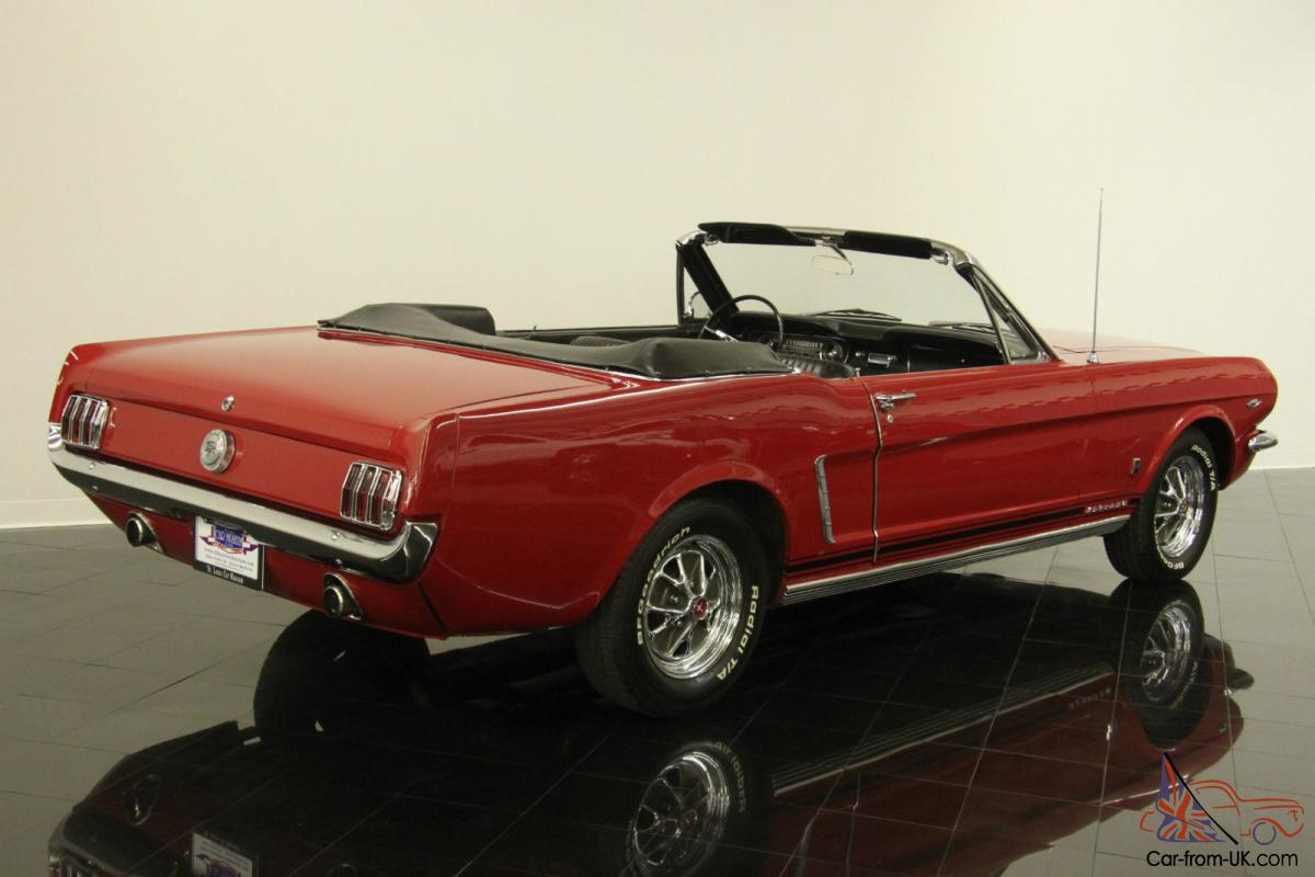 ford mustang convertible. Black Bedroom Furniture Sets. Home Design Ideas