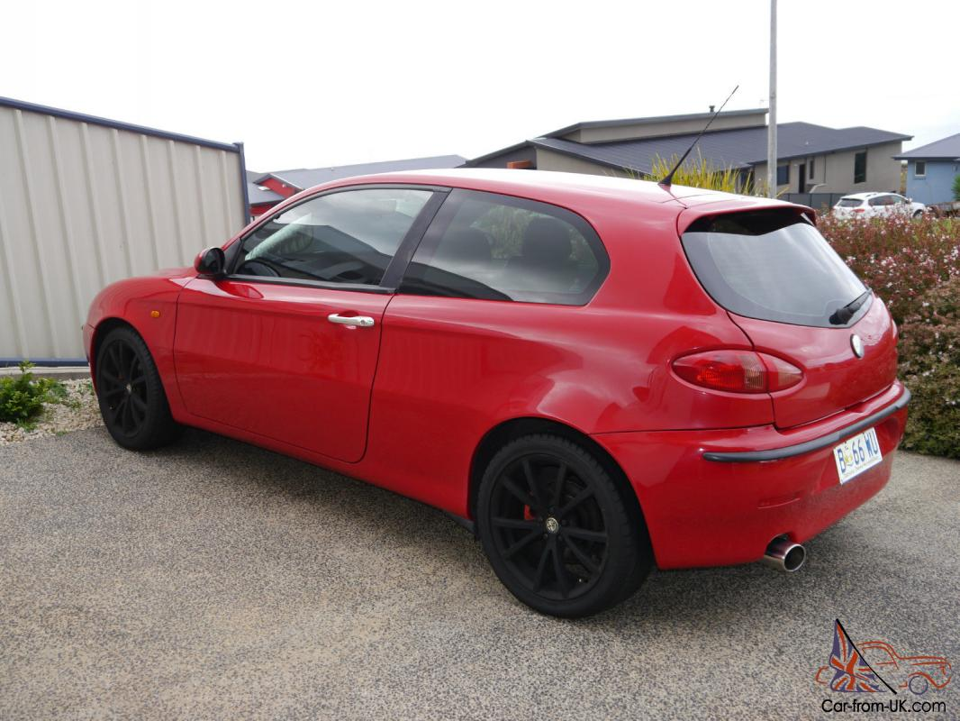 alfa romeo 147 ti selespeed 2003 3d hatchback 5 sp auto selespeed 2l in burnie tas. Black Bedroom Furniture Sets. Home Design Ideas