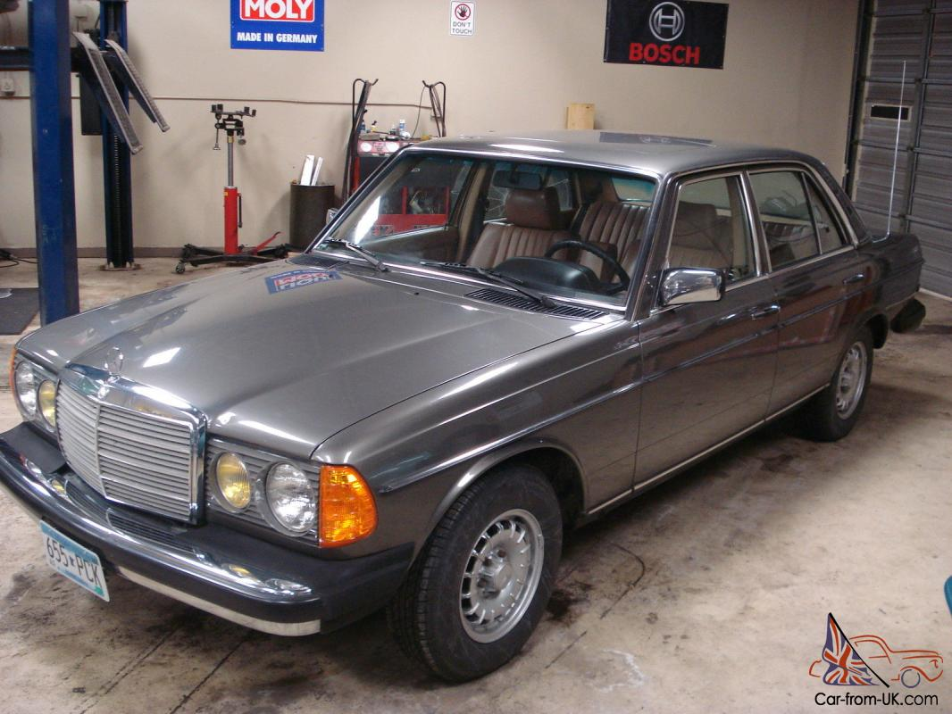 Mercedes benz 300 series 1985 turbo diesel time capsule for Mercedes benz 300 diesel