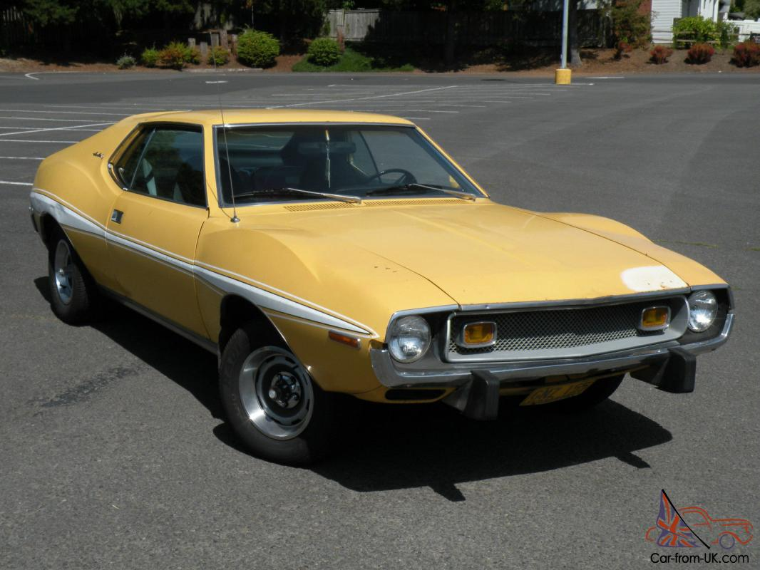 AMC : Javelin Sport Yellow Javelin Car