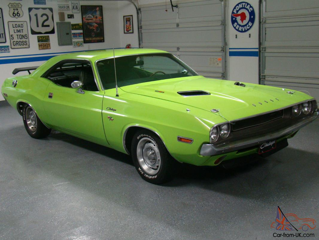 Dodge : Challenger Two Door