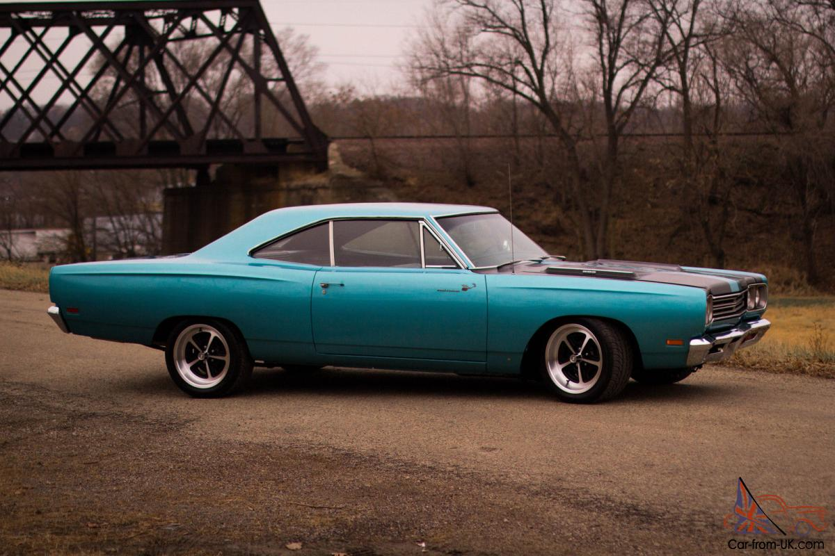 Plymouth Road Runner Base