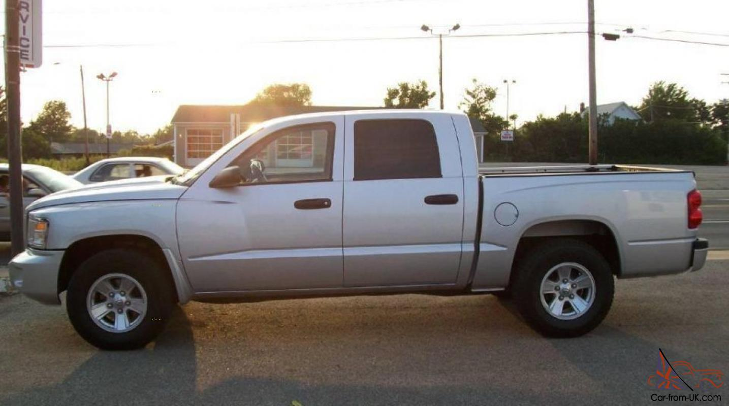 dodge dakota sxt crew cab pickup  door