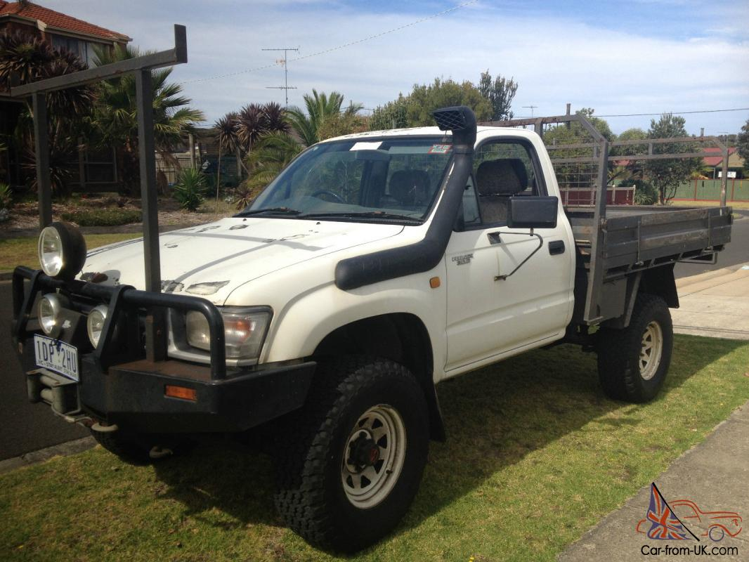 toyota hilux 4x4 1997 cab chassis 5 sp manual 4x4 3l diesel in ocean grove vic. Black Bedroom Furniture Sets. Home Design Ideas