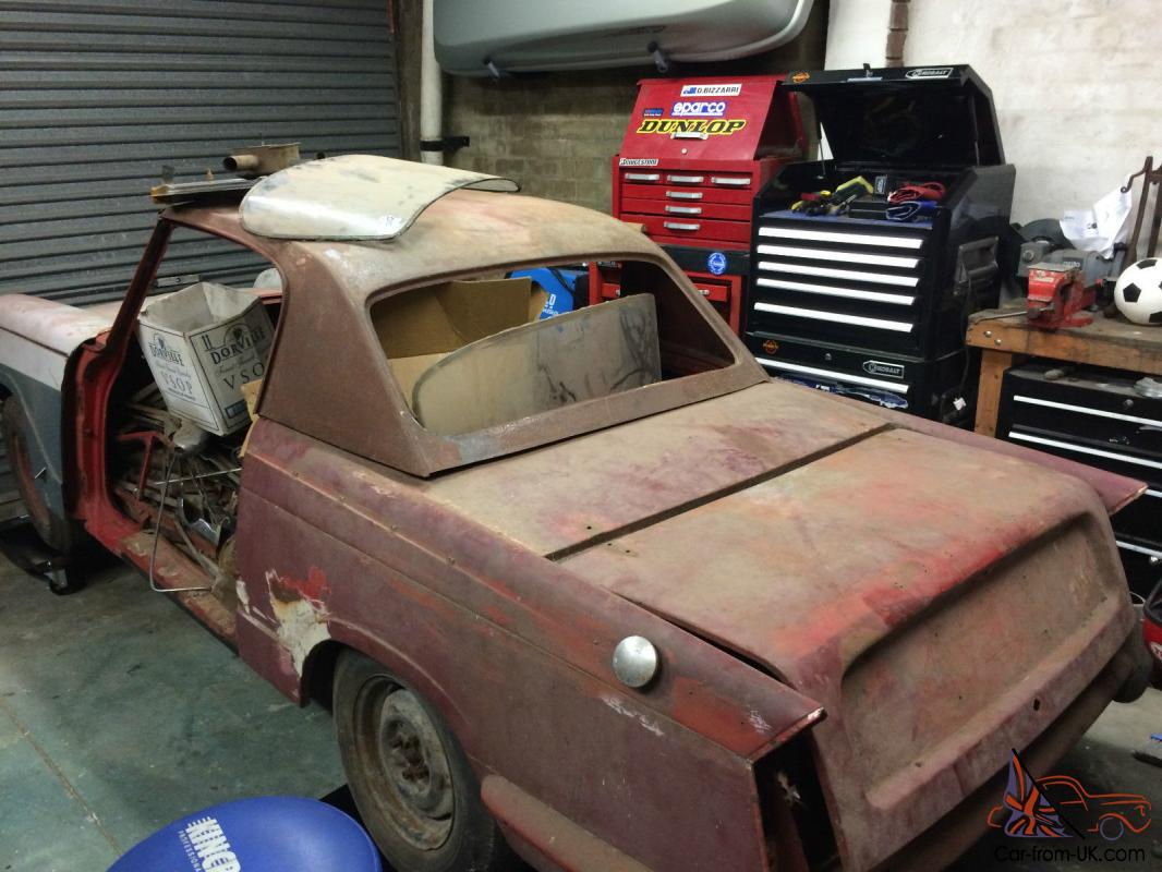 Triumph Herald 2 Door Coupe 1960 Model FOR Restoration OR Parts in ...