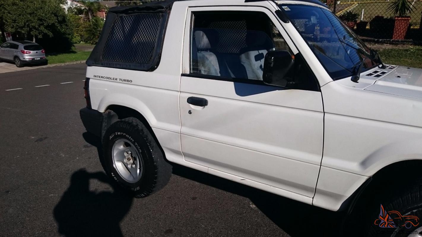 Mitsubishi pajero soft top 4x4 1993 manual 2 5l diesel turbo in vaucluse nsw