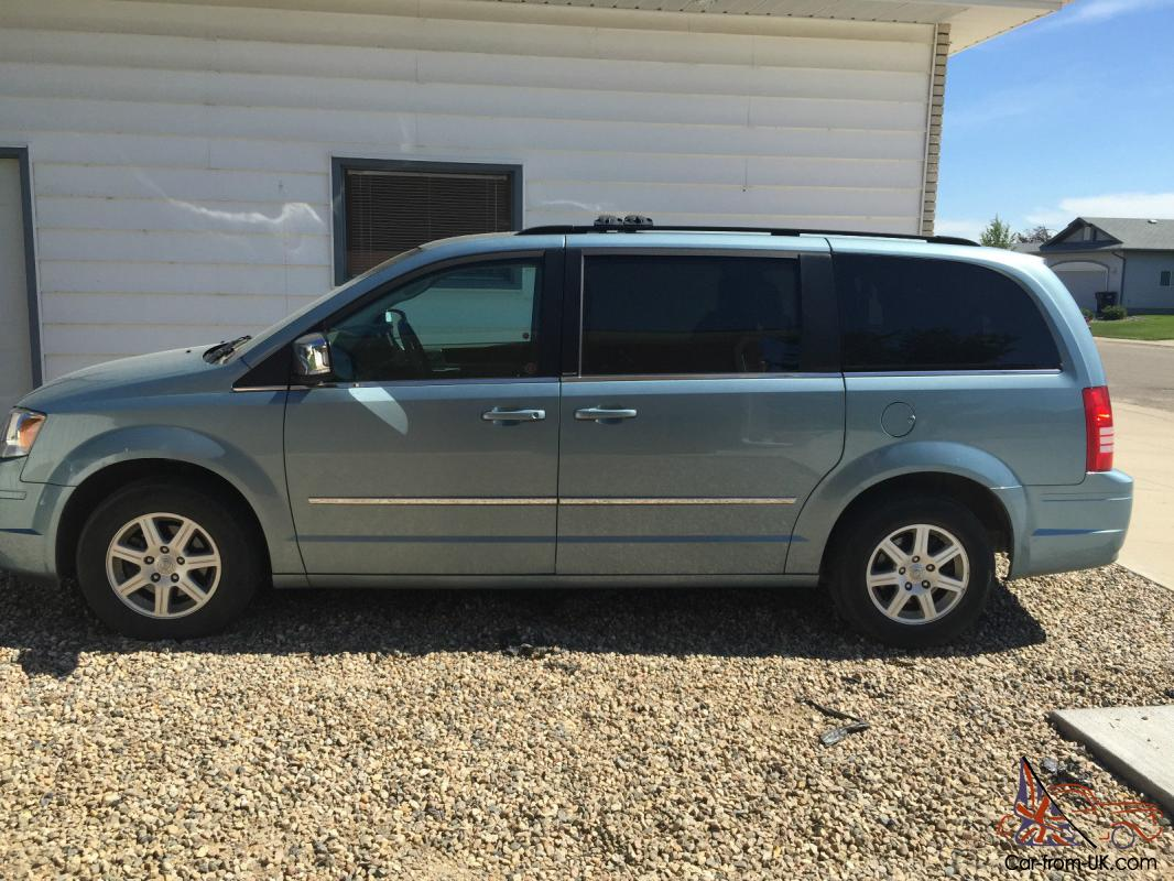 chrysler town country touring. Black Bedroom Furniture Sets. Home Design Ideas
