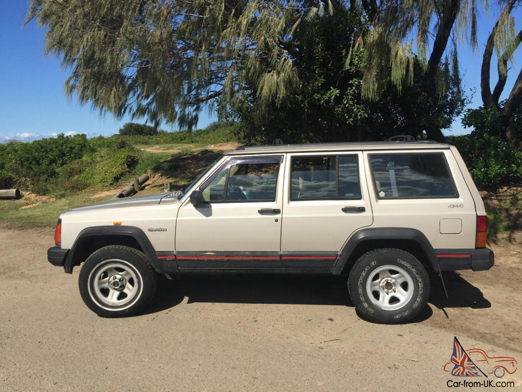 jeep cherokee sport 4x4 1995 4d wagon automatic 4l electronic f inj in nsw. Black Bedroom Furniture Sets. Home Design Ideas