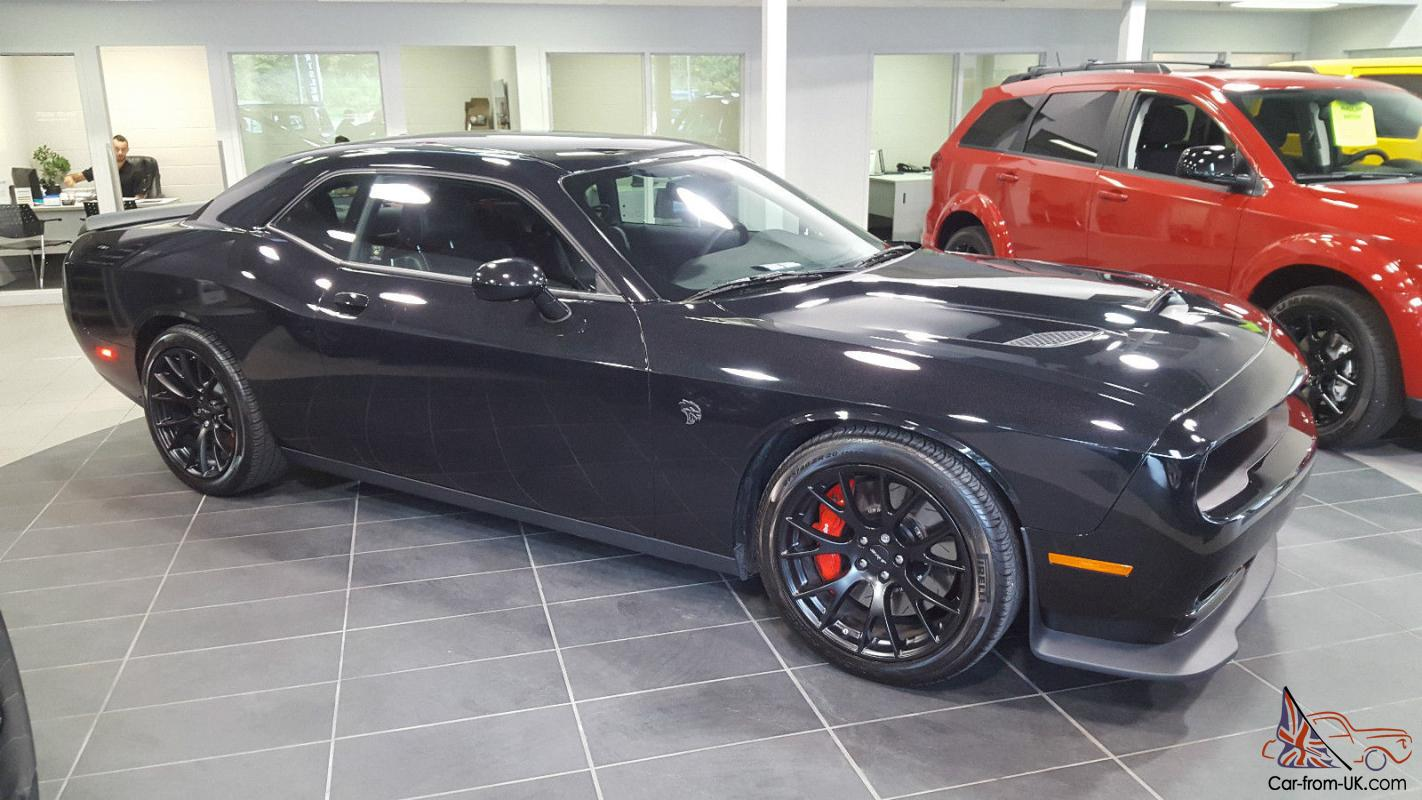 dodge challenger srt hellcat coupe 2 door. Black Bedroom Furniture Sets. Home Design Ideas