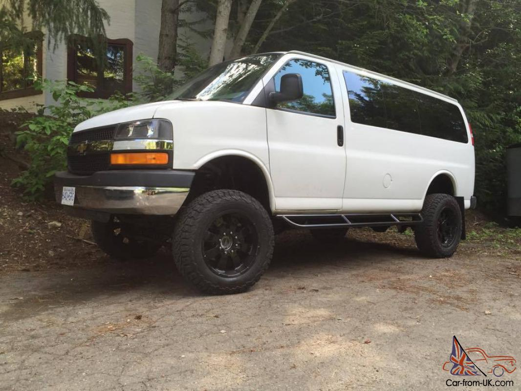 chevrolet express 4x4 2009 chevy express 3500 only 39000 miles. Black Bedroom Furniture Sets. Home Design Ideas