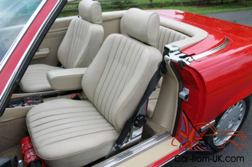 mercedes benz 300sl air conditioning rear seats leather rear seating. Black Bedroom Furniture Sets. Home Design Ideas