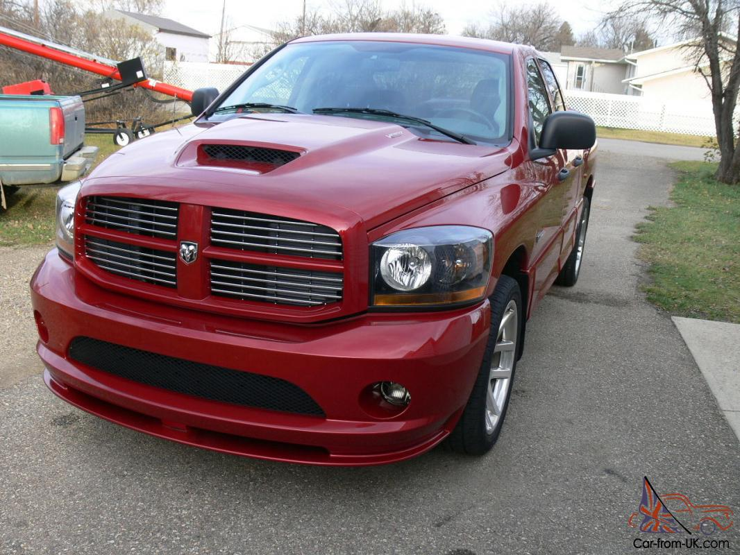 dodge ram 1500 srt 10 crew cab pickup 4 door. Black Bedroom Furniture Sets. Home Design Ideas