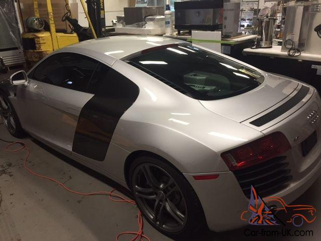 Audi R8 Base Coupe 2 Door