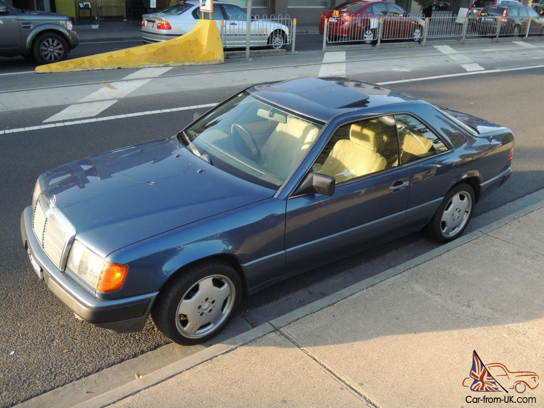 Mercedes benz 300ce 1989 two door midnight blue sports for Mercedes benz 300ce