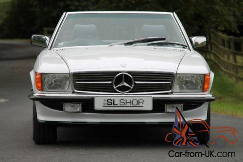 mercedes benz r107 300 sl 1988 arctic white with blue mb tex. Black Bedroom Furniture Sets. Home Design Ideas