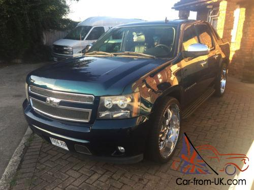 2007 chevrolet avalanche ltz chevy cadillac escalade pearlescent green. Black Bedroom Furniture Sets. Home Design Ideas