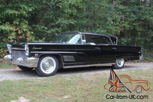 1960 Lincoln Continental Photo