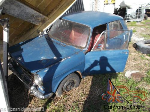 Morris 1100 Barn Find Wreck Clearance GOT TO GO In NSW