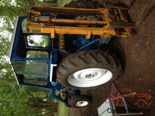 Ford Loader Arms : Ford tractor with cab and front loader