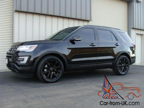2016 Ford Explorer Blacked Out
