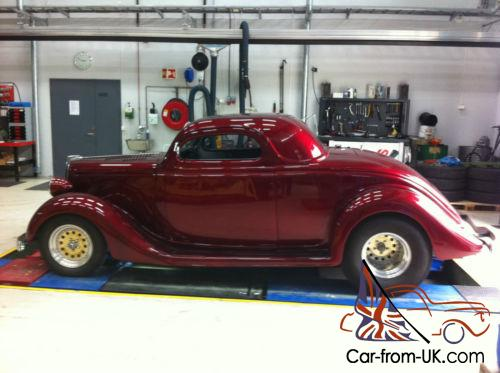 1935 Ford 3W coupe Hot Rod