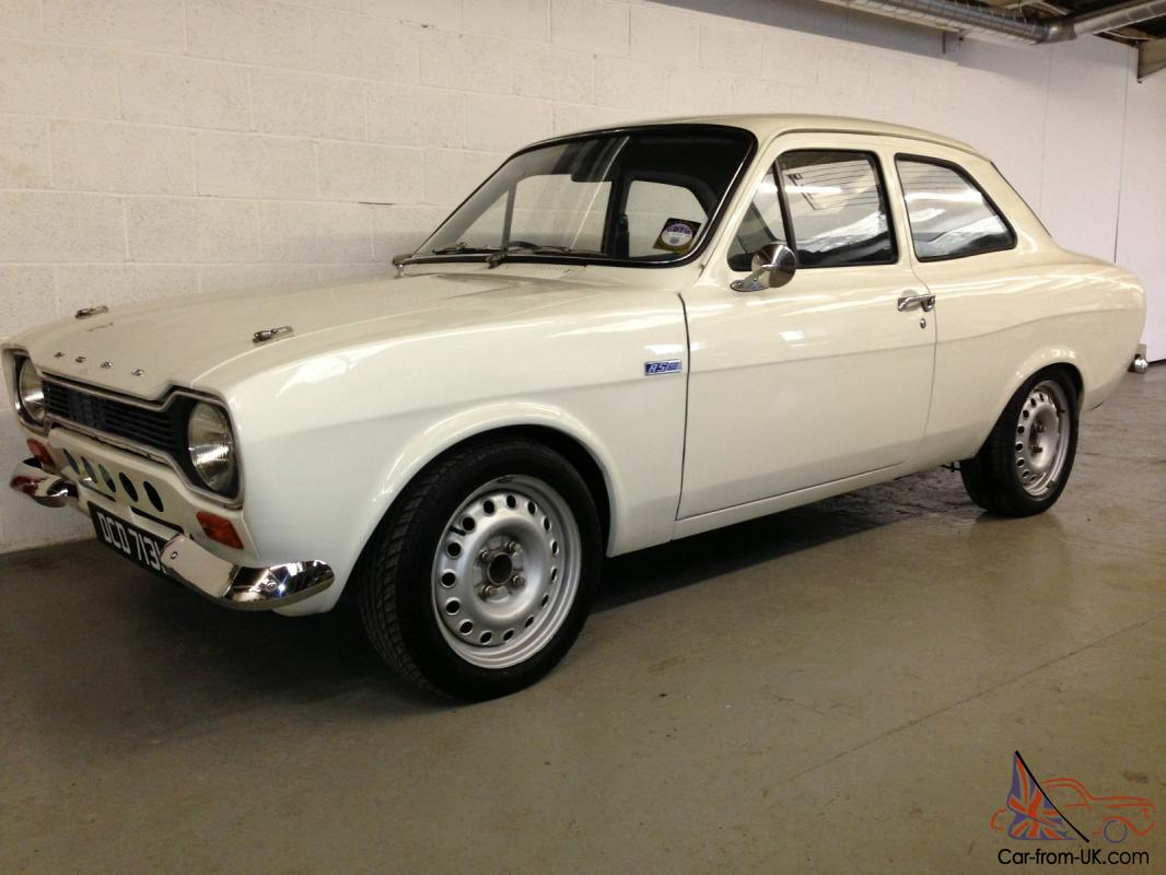 ford escort mk1 2 door in white 2 0 l zetec engine with twin 40 carbs 5 speed. Black Bedroom Furniture Sets. Home Design Ideas