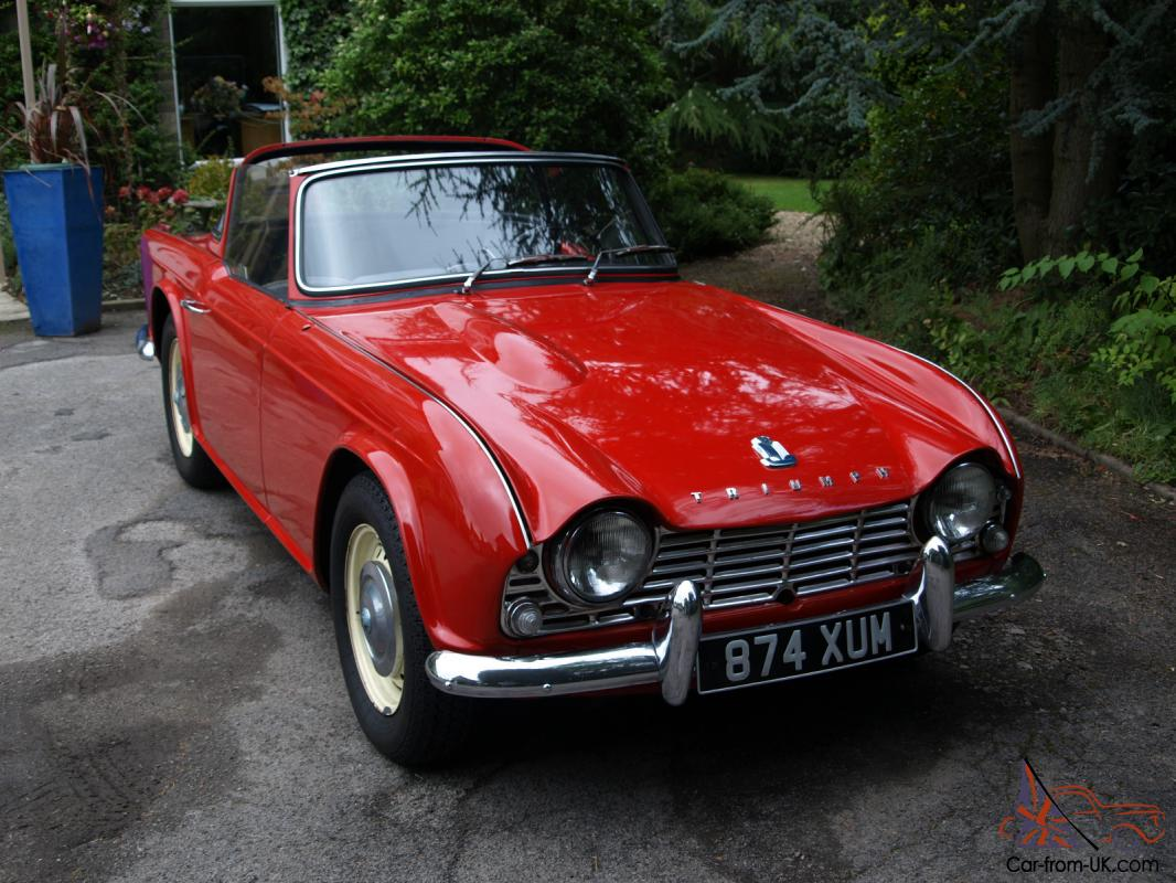 1962 triumph tr4 red convertible with surrey top great. Black Bedroom Furniture Sets. Home Design Ideas