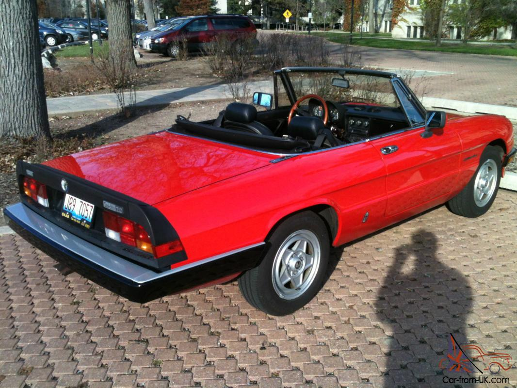 1975 Alfa Romeo S2 2000 Spider Veloce 136 as well Alfa Romeo Sprint Gt Veloce together with Vt showpic zoom moreover 2008 Alfa Romeo BAT 11 photo together with 1975 Alfa Romeo Spider 2000 Veloce 136. on alfa romeo spider veloce