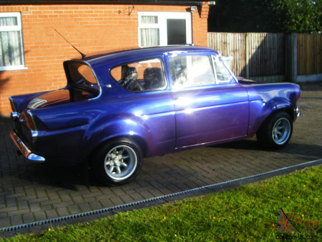 used ford anglia for sale cars yakaz autos post. Black Bedroom Furniture Sets. Home Design Ideas