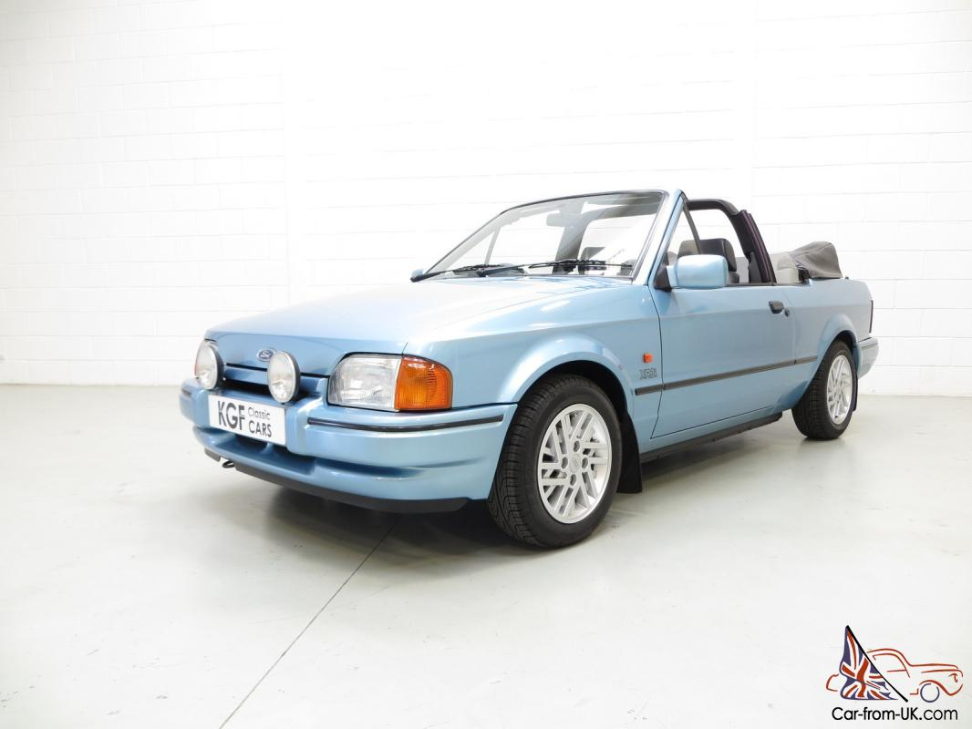 ford escort xr3i cabriolet special edition two owners 36 388 miles history. Black Bedroom Furniture Sets. Home Design Ideas