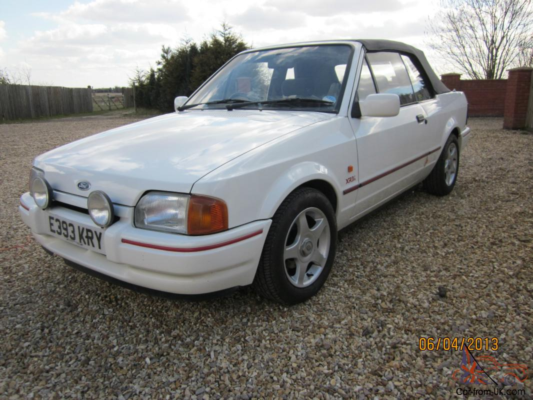 1988 ford escort xr3i convertible 72k stunning condition. Black Bedroom Furniture Sets. Home Design Ideas