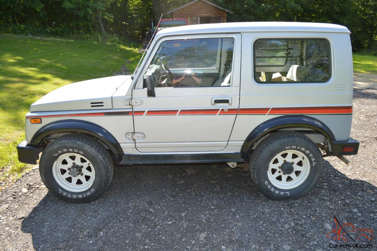 1987 Suzuki Samurai TIN TOP RARE, Clean Car Fax Low Miles Clic