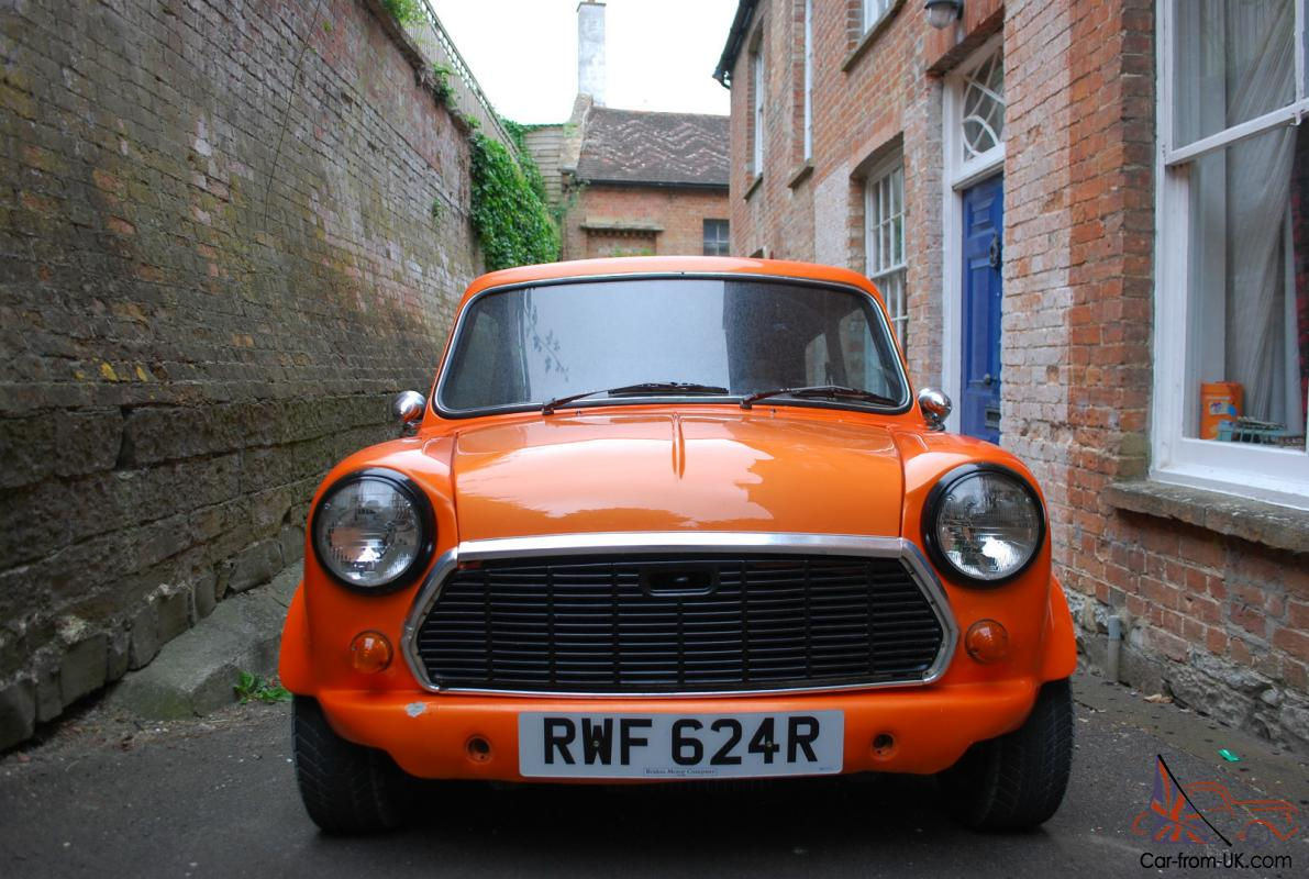 De Seamed Classic Mini 1977 Restored