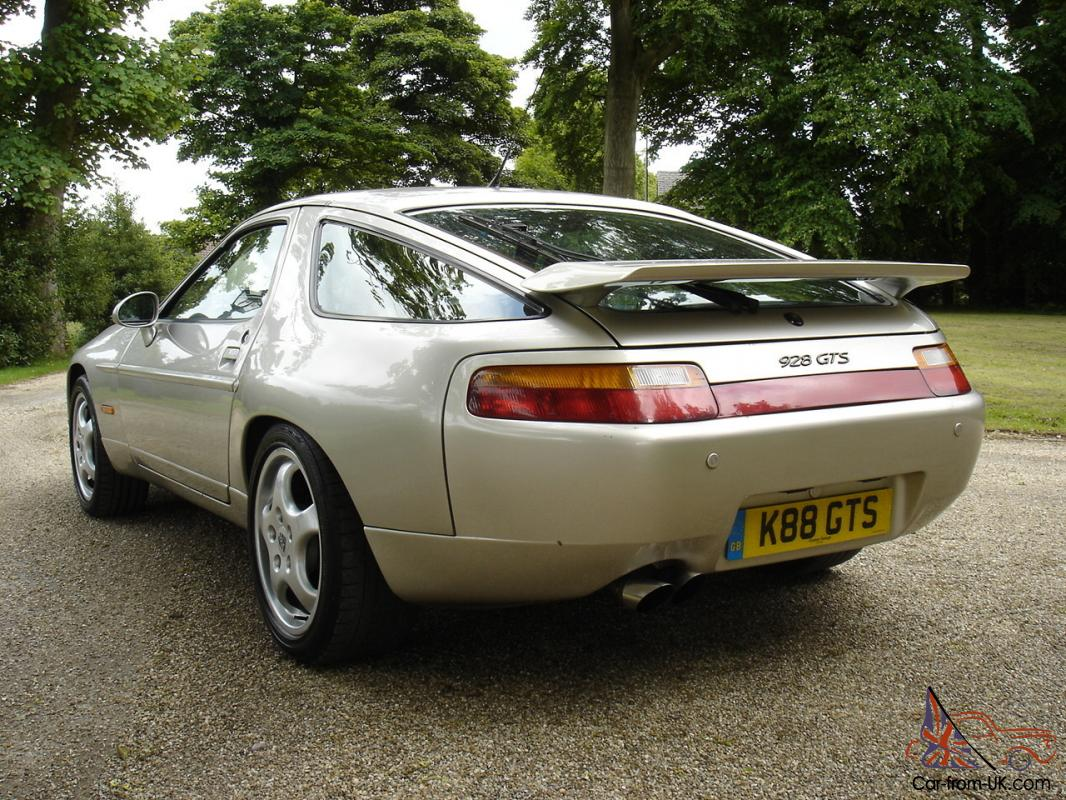 1992 porsche 928 gts 5 4 v8 340 bhp private plate gts only 33 gts left in uk. Black Bedroom Furniture Sets. Home Design Ideas