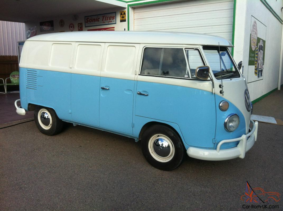 1967 vw split window bus