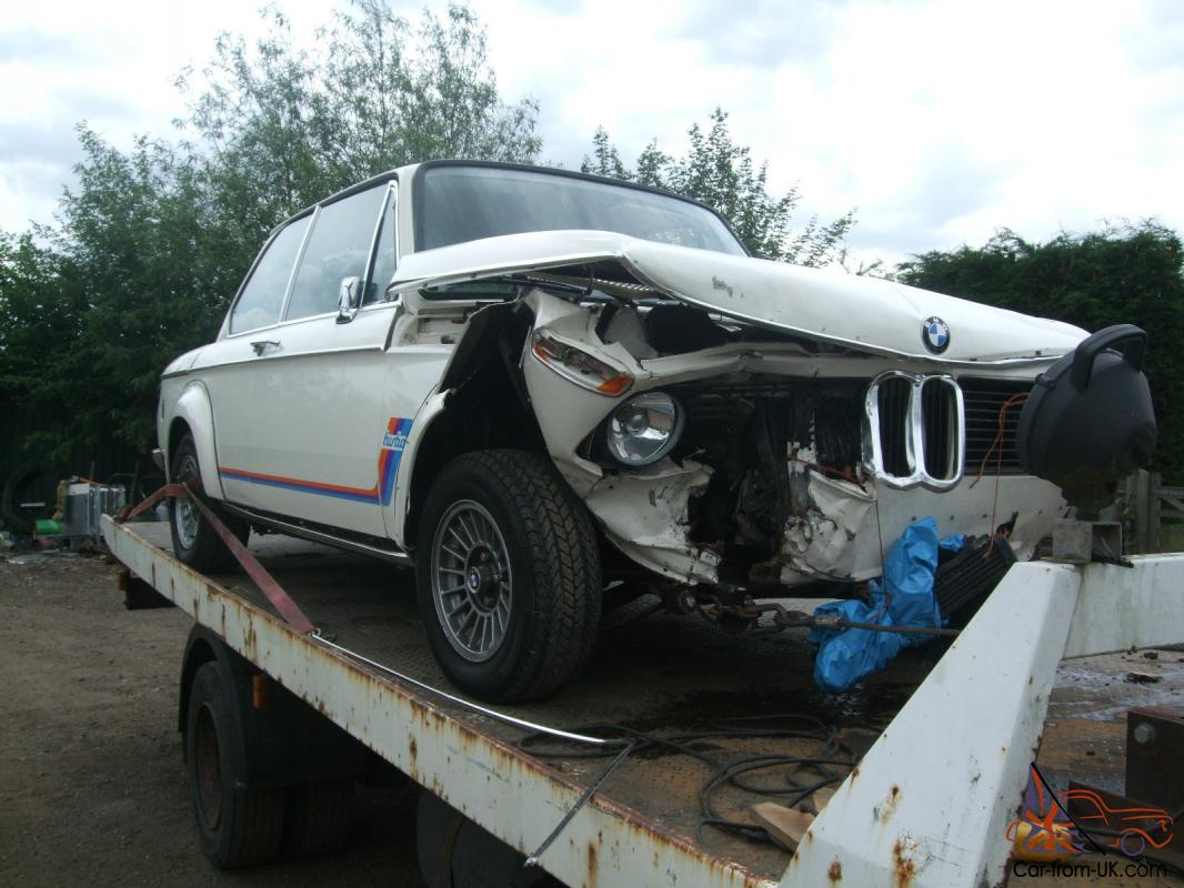 BMW 2002 TURBO. FIRST EVER MADE. DAMAGED. SALVAGE. REPAIRABLE