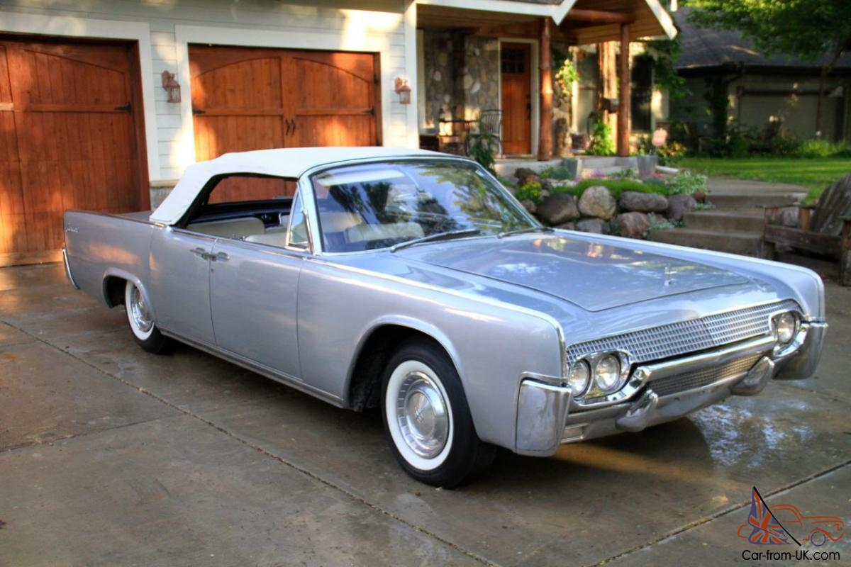 beautiful early 1961 lincoln continental convertible. Black Bedroom Furniture Sets. Home Design Ideas