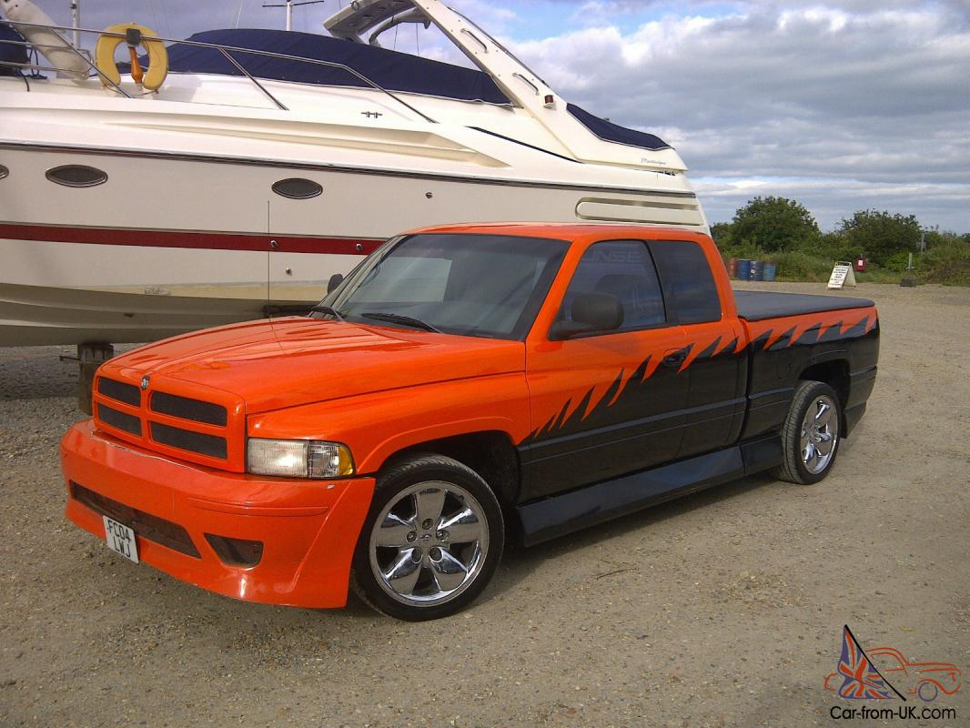 dodge ram 1500 custom low rider like ford f150 chevy. Black Bedroom Furniture Sets. Home Design Ideas