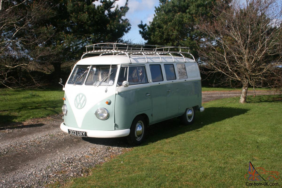 1961 RHD SPLIT SCREEN CAMPER VAN GREEN WHITE