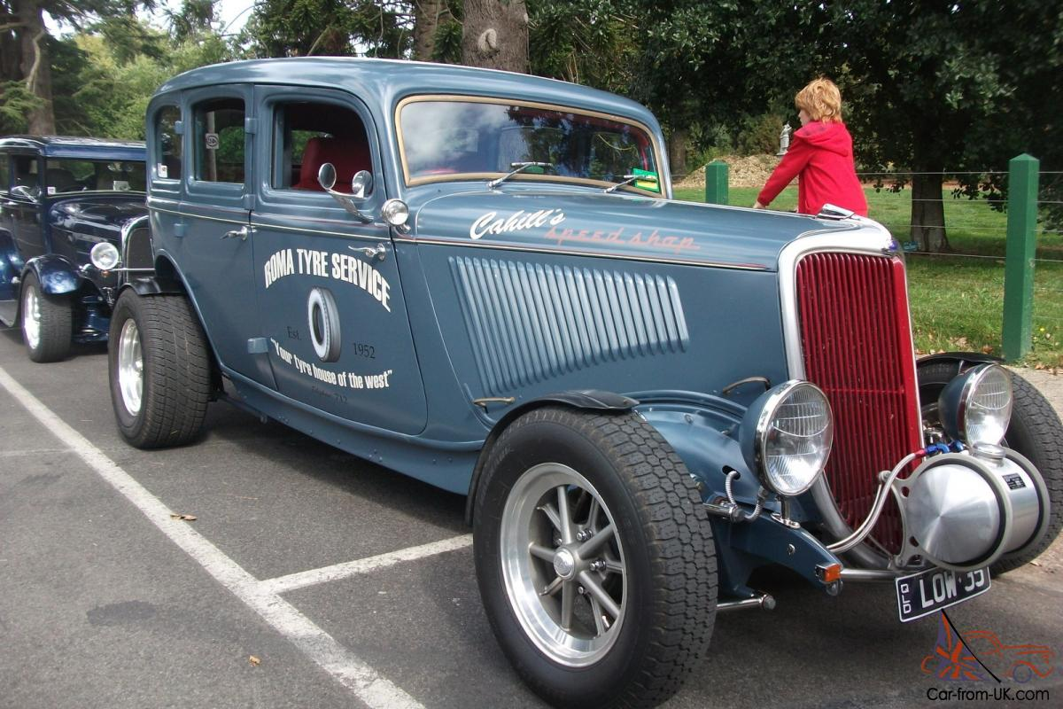 1934 Ford Sedan HOT ROD