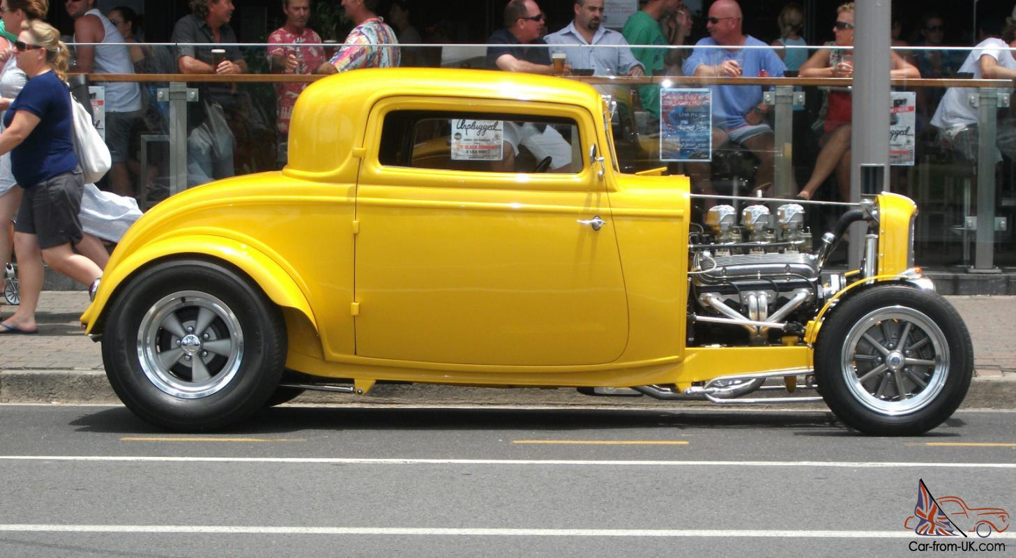 1932 Ford Three Window Coupe HOT ROD
