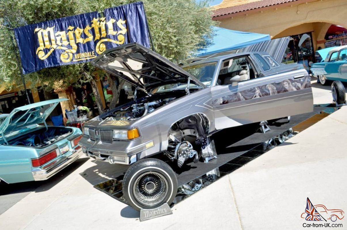 lowrider custom hydraulics murals chrome sounds paint showcar stingrayinterior. Black Bedroom Furniture Sets. Home Design Ideas