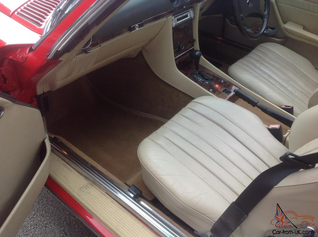 Mercedes benz 500 sl with rear seats r107 for Mercedes benz booster seat
