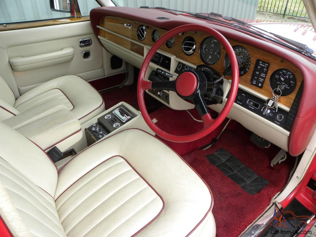 1986 bentley eight v8 automatic red cream leather interior a c. Black Bedroom Furniture Sets. Home Design Ideas