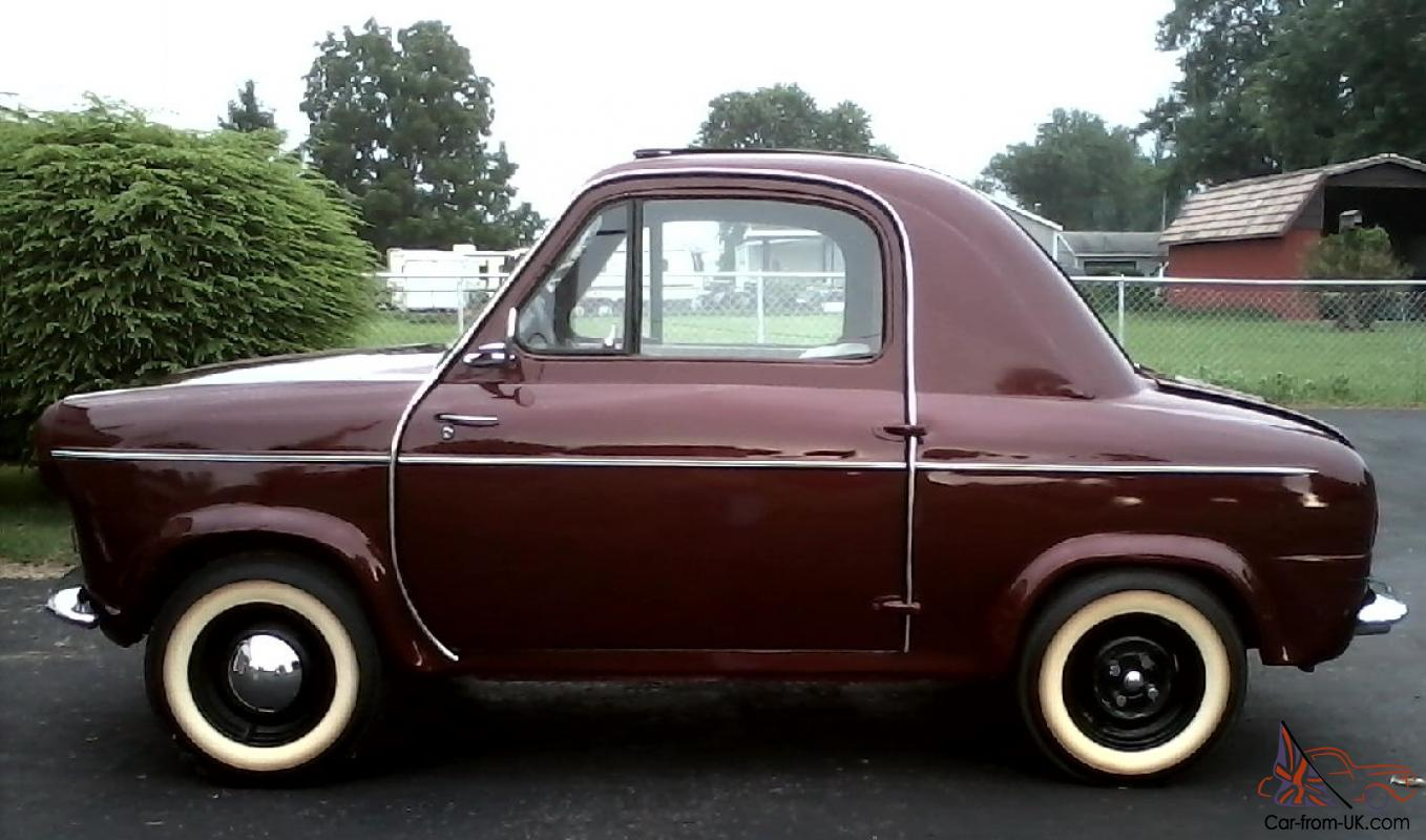 BEAUTY! 1960 Vespa 400! Only 1,600 imported to the US! RESTORED!