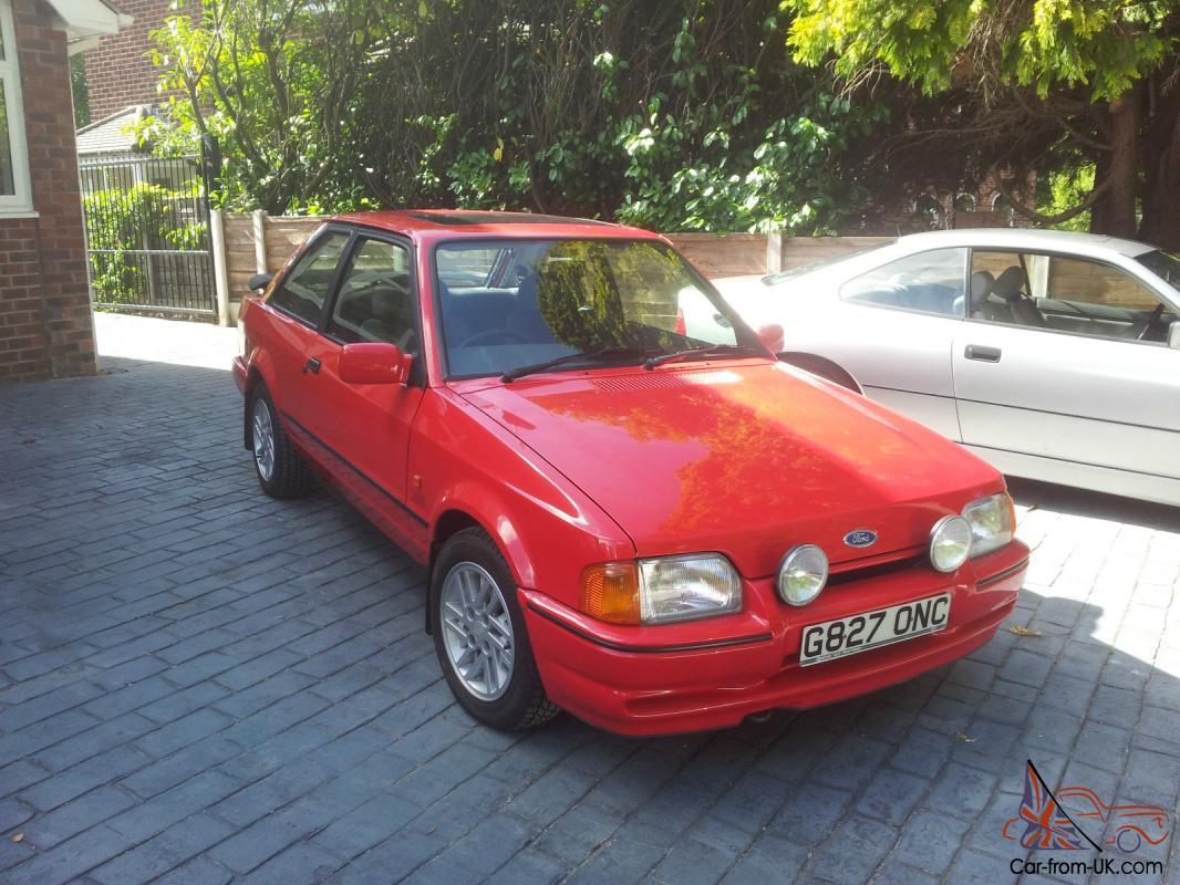 1989 ford escort xr3i immaculate condition only 16 741 miles from new. Black Bedroom Furniture Sets. Home Design Ideas