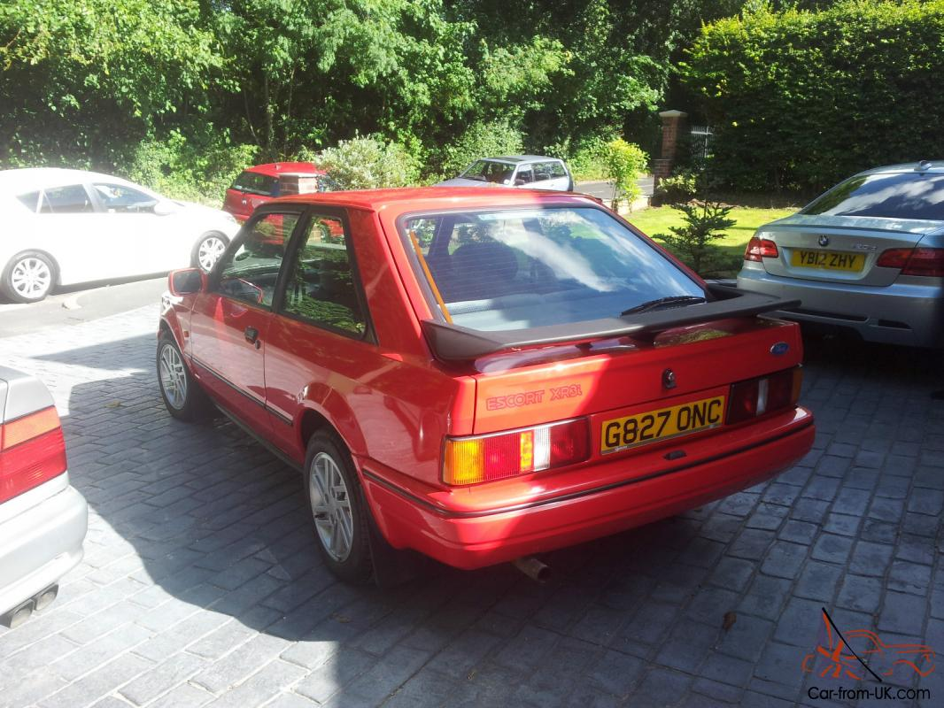 1989 ford escort xr3i immaculate condition only 16 741. Black Bedroom Furniture Sets. Home Design Ideas