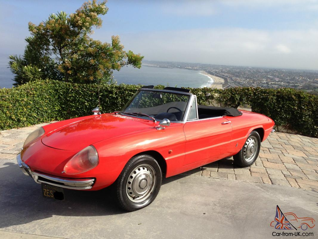 1967 alfa romeo duetto 1600 boat tail spider convertible of the graduate movie. Black Bedroom Furniture Sets. Home Design Ideas