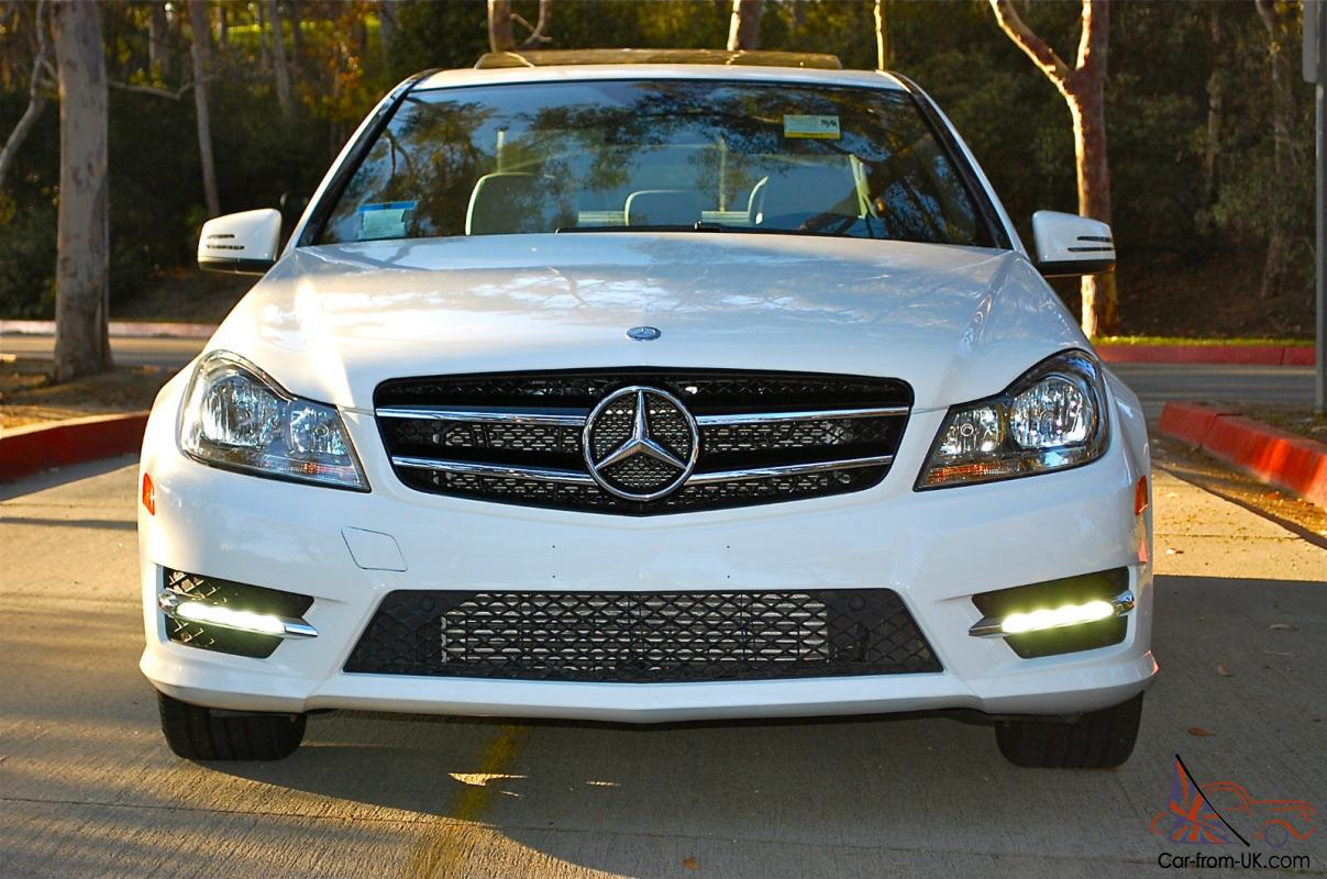 2013 mercedes c250 white great condition must see. Black Bedroom Furniture Sets. Home Design Ideas